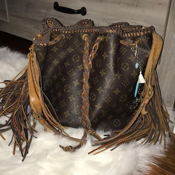 282e0c0405250 Louis Vuitton Handbags - Vintage Boho Loves Louis Bag